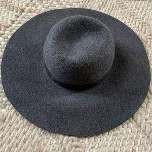 Gap floppy boho hat